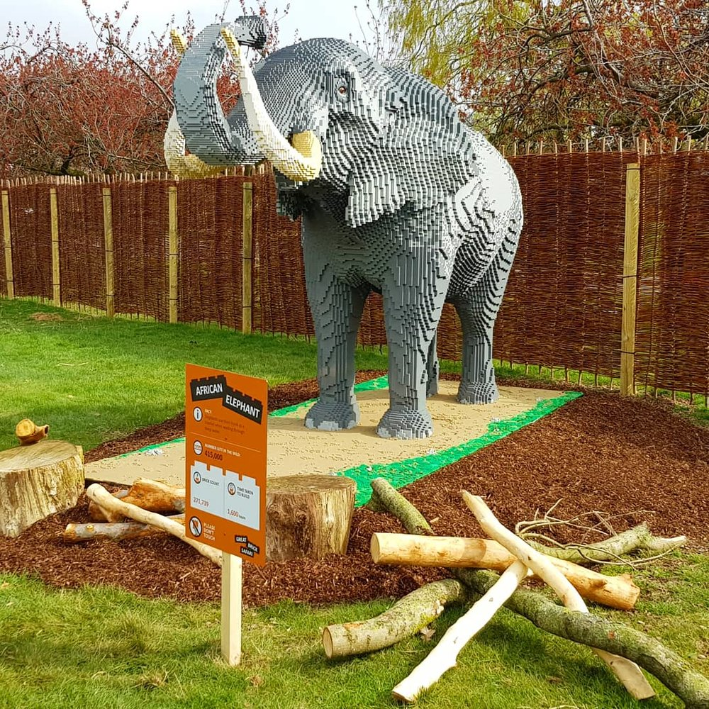 Signage Zoo.jpg