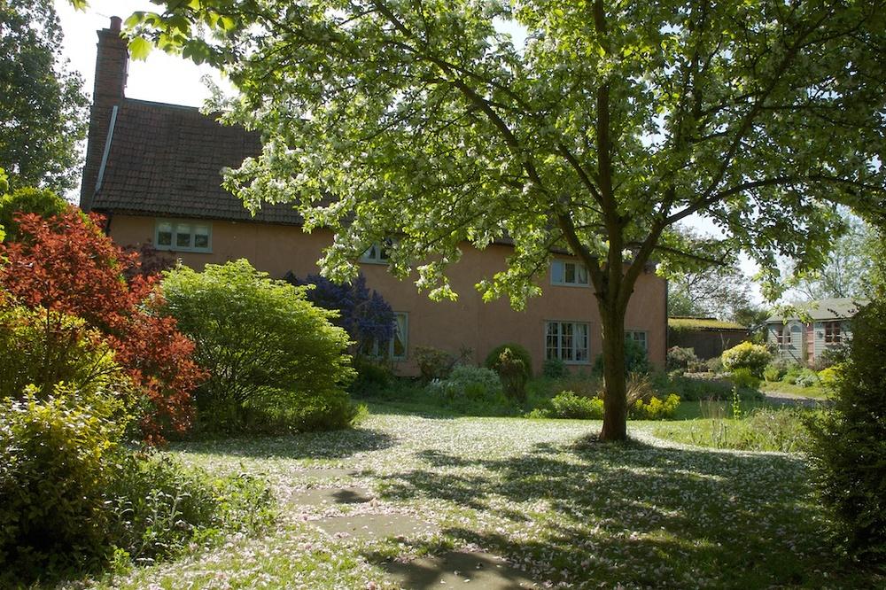 Camomile Cottage B & B in Suffolk