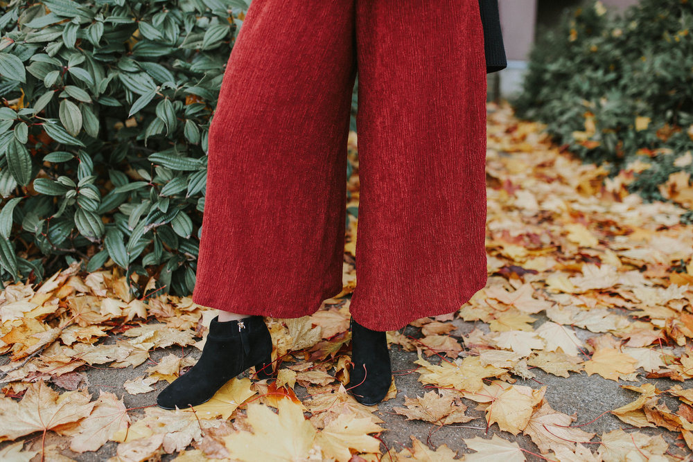 UO Red Pants-5.jpg