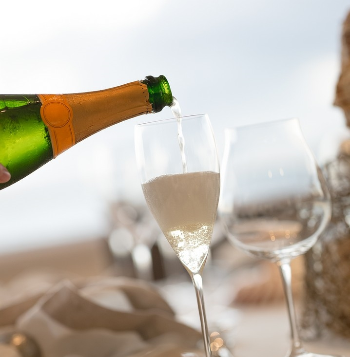 Champagne Welcome.jpg
