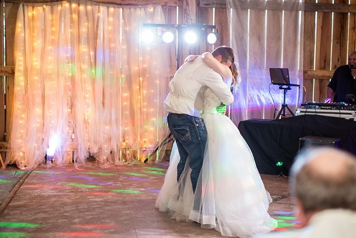 blacksburg-va-wedding-photographer-farm_0567.jpg