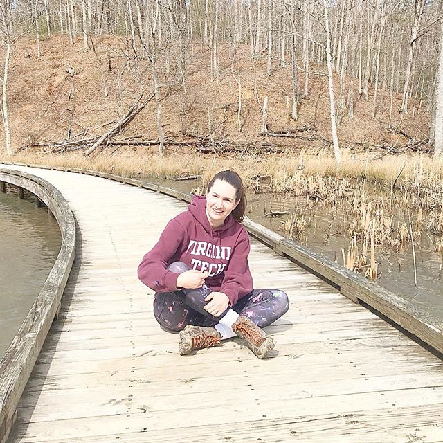 VT hoodie, trippy leggings, and hiking boots... I'm not sure what that says about me, but it's not nothing 😂