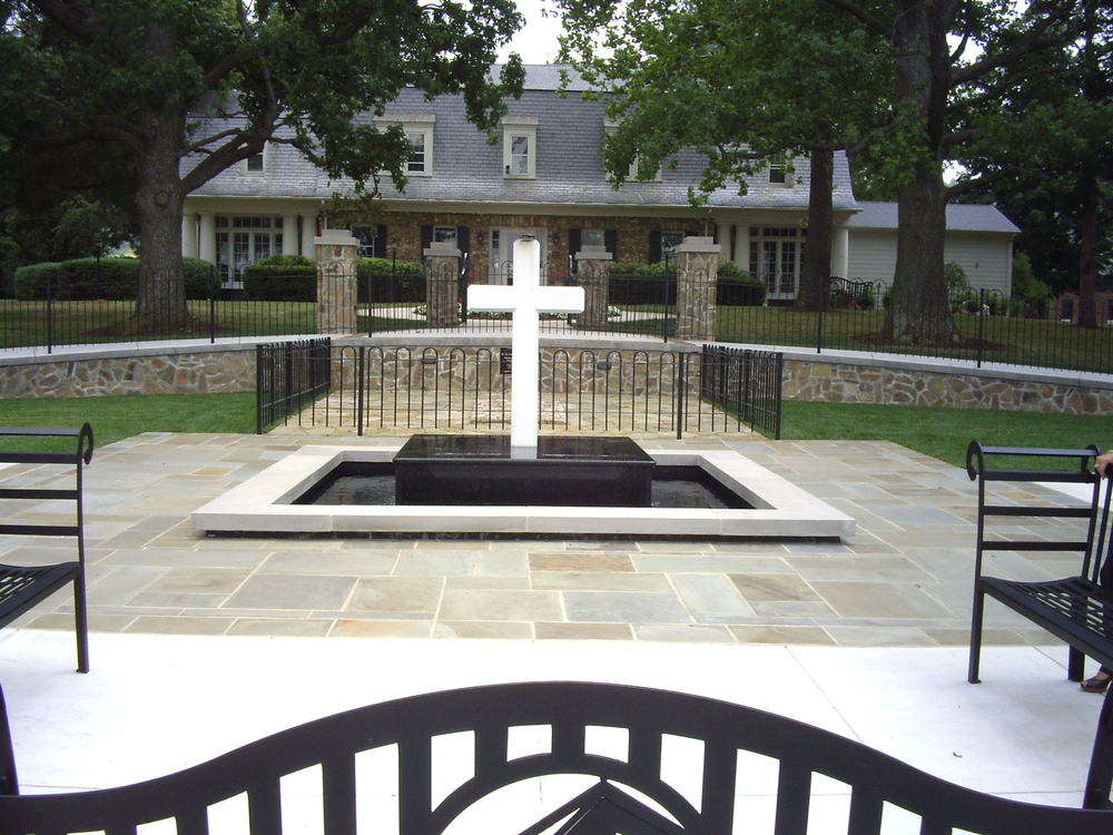 004 Water Garden Designs by Tharpe Landscaping - Falwell Memorial.JPG
