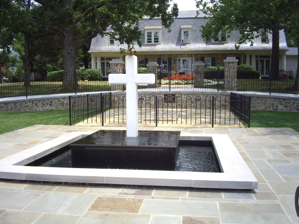 003 Water Garden Designs by Tharpe Landscaping - Falwell Memorial.JPG