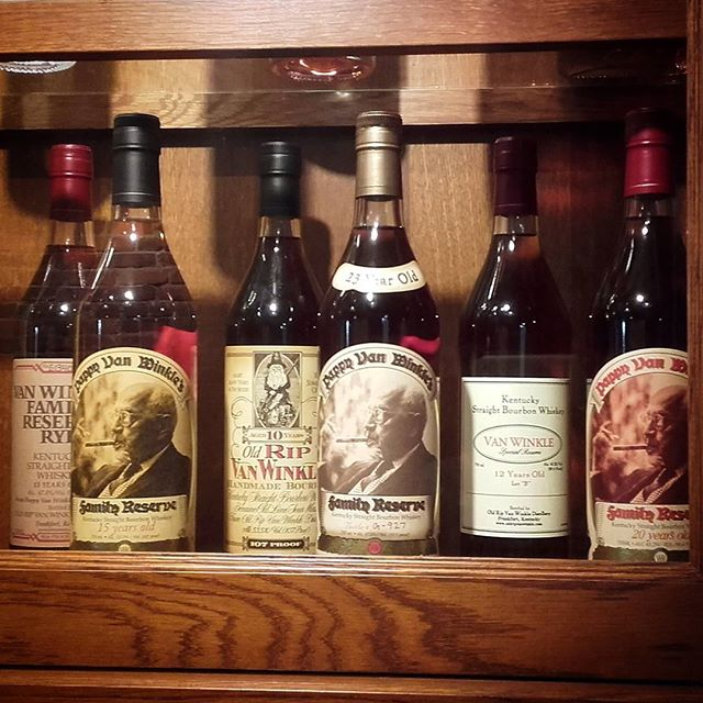 Spent a fair bit of time drooling over this lovely wee collection of whiskies at the @buffalotrace distillery in Kentucky last week!  #slighhouse #cocktailbar #edinburgh #buffalotrace #distillery #whiskey #bourbon #pappyvanwinkle #takemeback