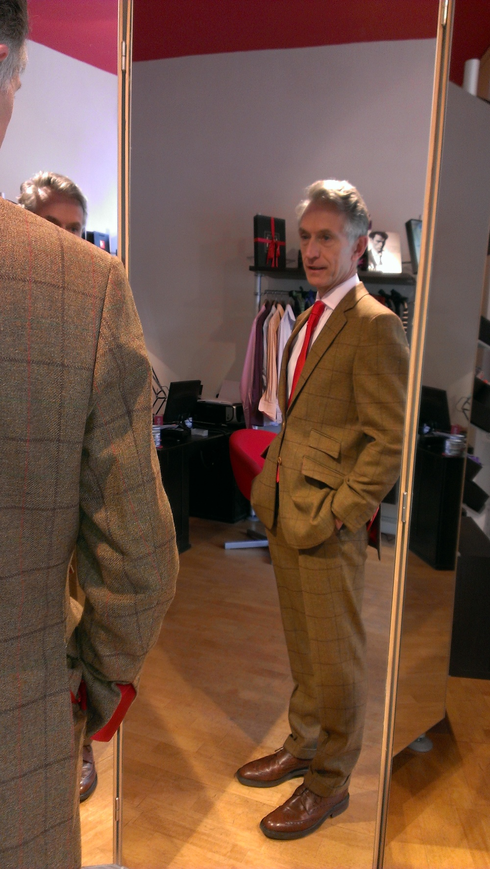 david-evans-grey-fox-hunters-tweed-bespoke-three-piece-suit-all-uk-made.jpg
