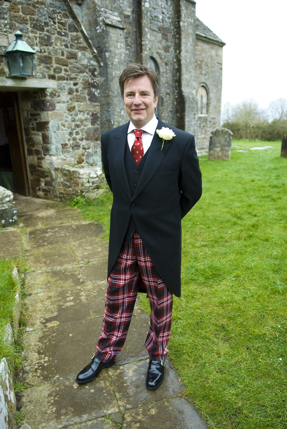 jonathan-hall-morning-coat-shirt-bespoke-tie-all-uk-made-wedding.jpg