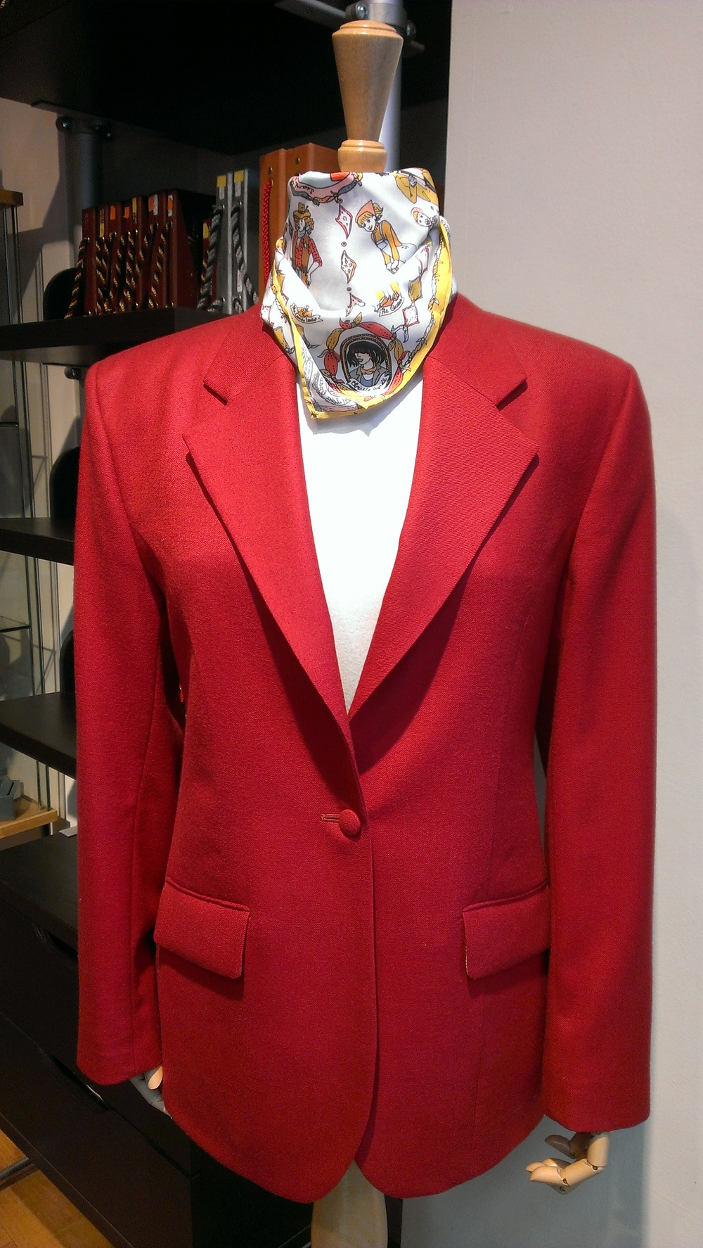 red-wool-ladies-jacket-single-breasted-one-button-bespoke-all-uk-made.jpg