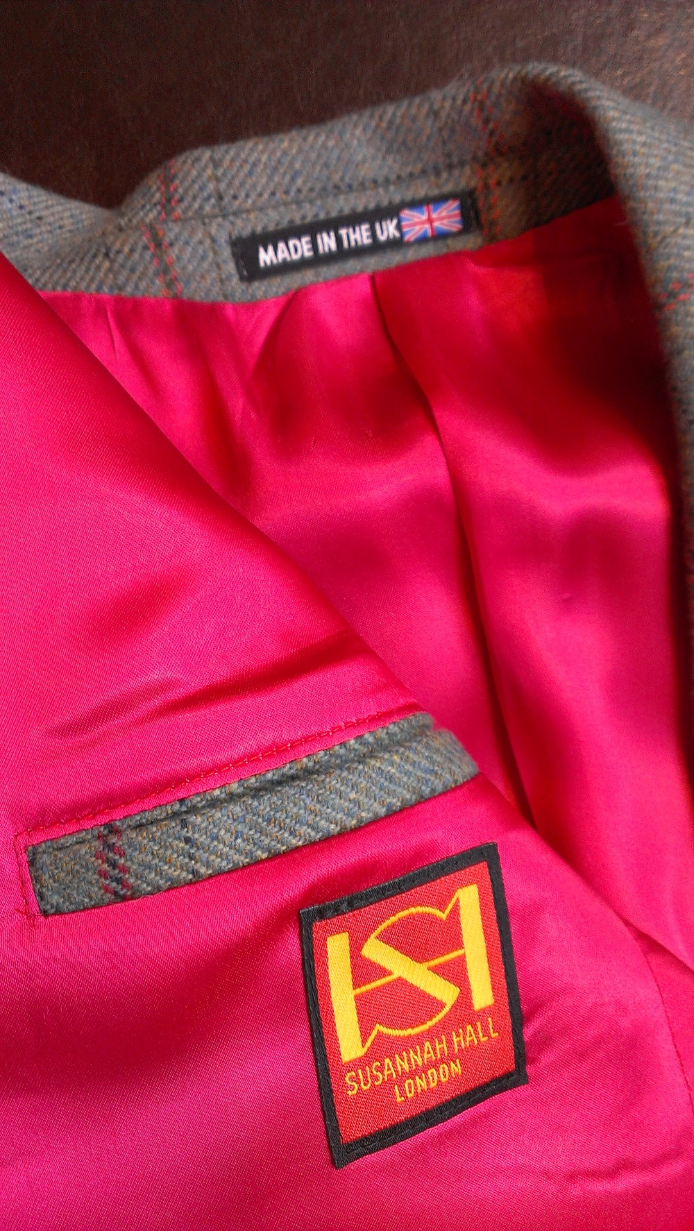 ready-ro-wear-tweed-jacket-magenta-lining-all-uk-made.jpg