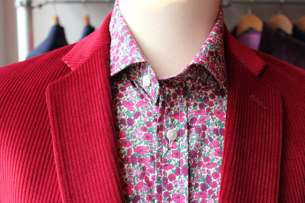 red-cord-dugdale-liberty-print-tana-lawn-british-all-uk-made-susannah-hall-collar.JPG