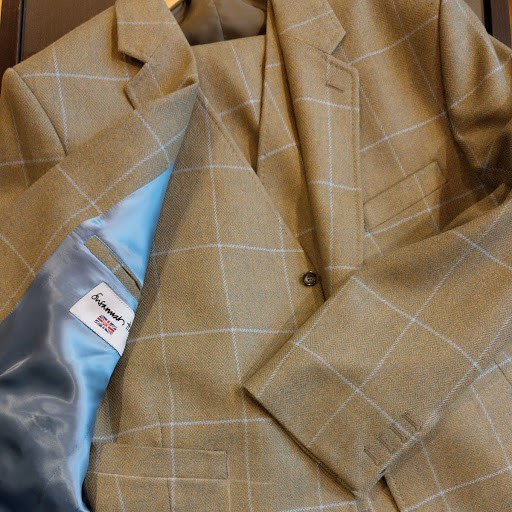 johnstons-elgin-tweed-blue-lining-susannah-hall-tailors-bespoke-suit-british-uk-made.jpg