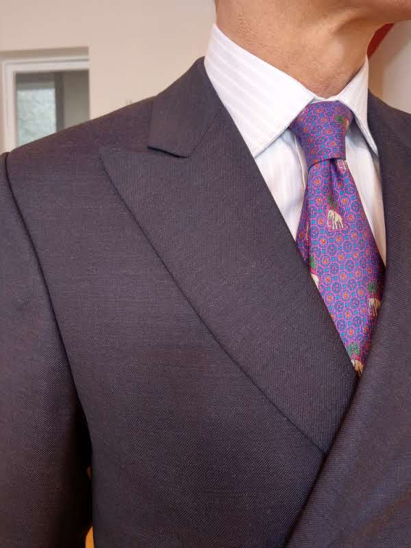 double-breasted-dormeuil-fully-canavas-susannah-hall-british-bespoke tailor.jpg