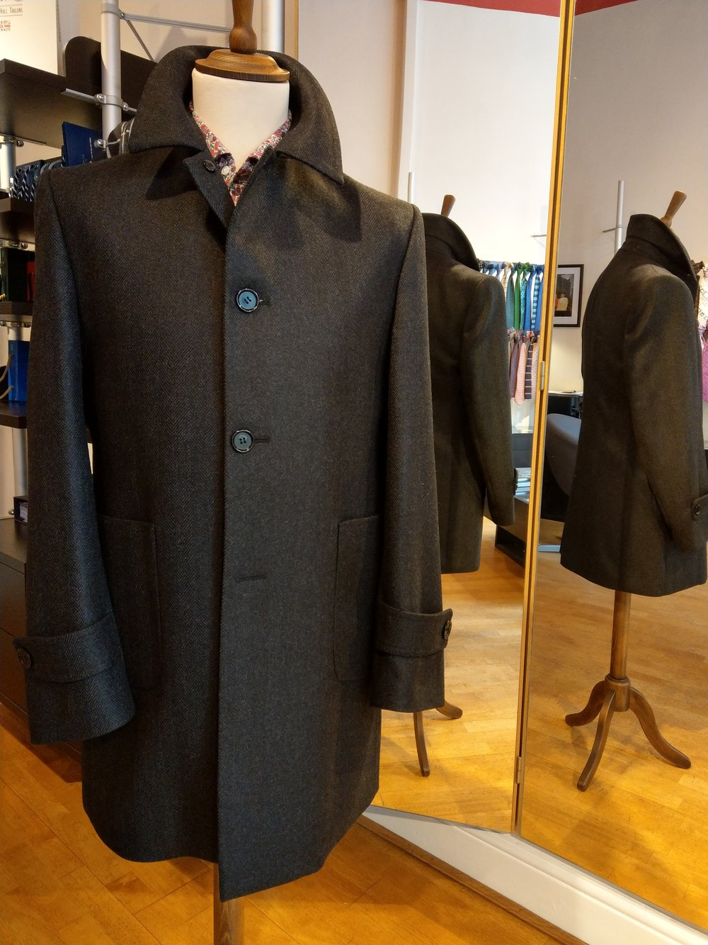 wool-cashmere-coat-susannah-hall-bespoke-british-made-tailor.jpg