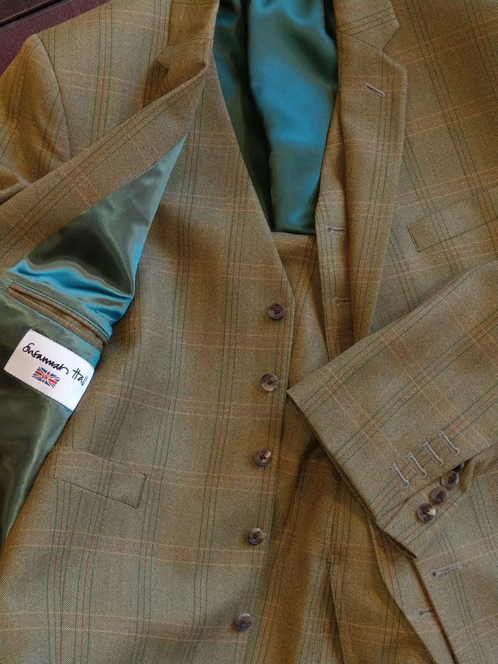 green-tweed-susannah-hall-tailor-bateman-ogden-lightweight-made-uk-britain-three-piece-suit.jpg