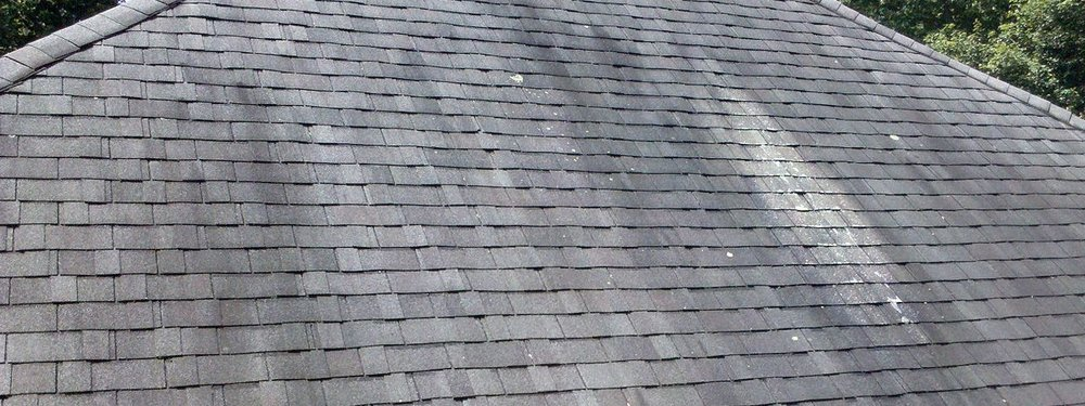 Asphalt Roof Cleaning in Wisconsin