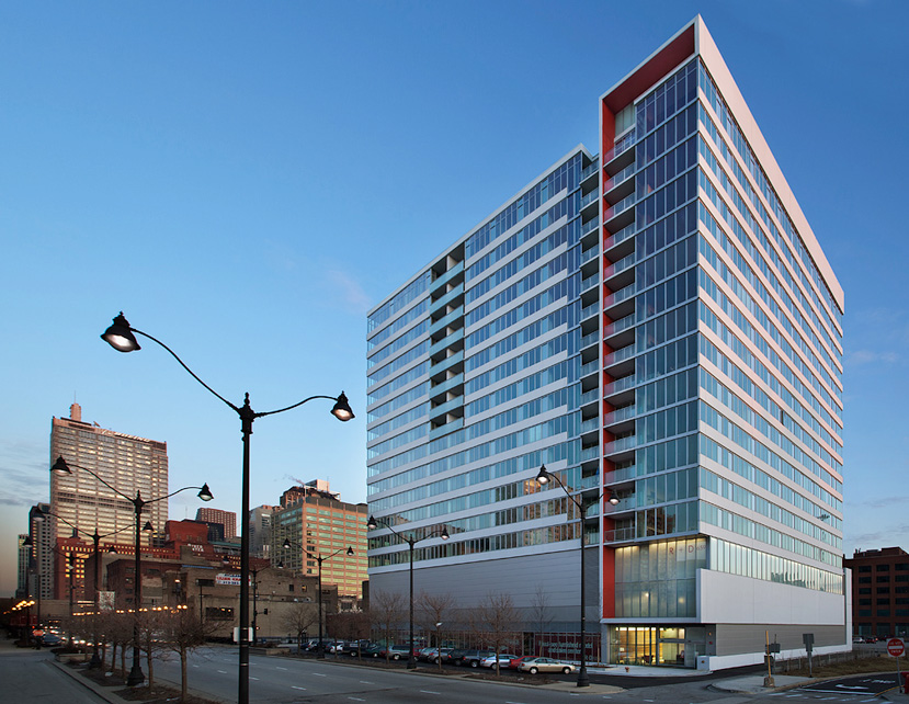 R+D659  Chicago, Illinois $85 million 237 condominiums
