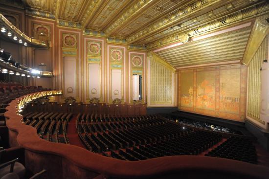 Civic Opera House  Chicago, Illinois $100 million 345,000 square feet