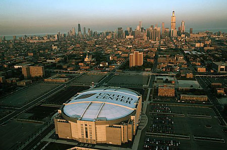 United Center  Chicago, Illinois $175 million arena Seats: 44,000 Suites: 119