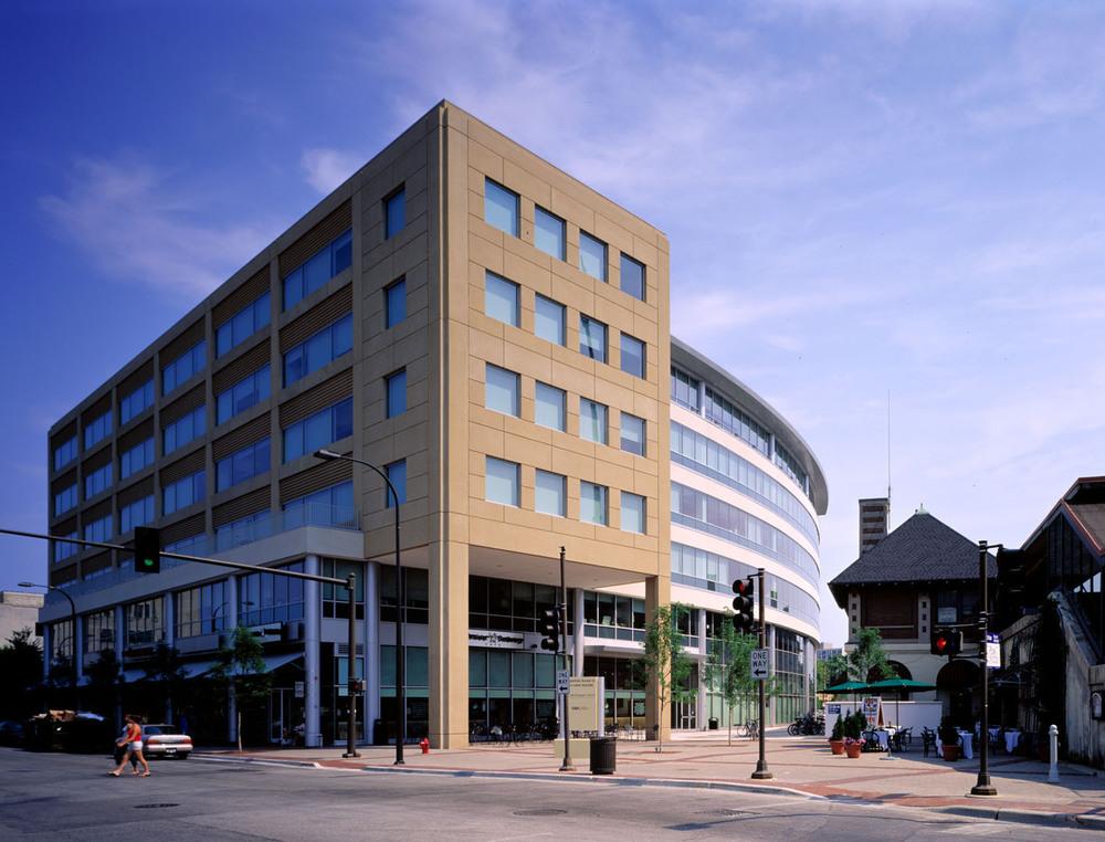 909 Davis  Evanston, IL $110 million 200,000 square feet