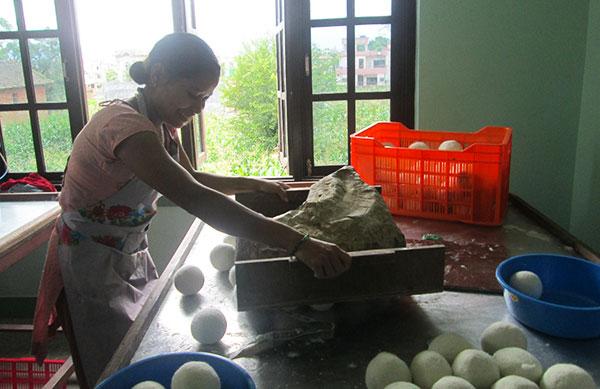 wool-balls-nepal-buckaroo.jpg