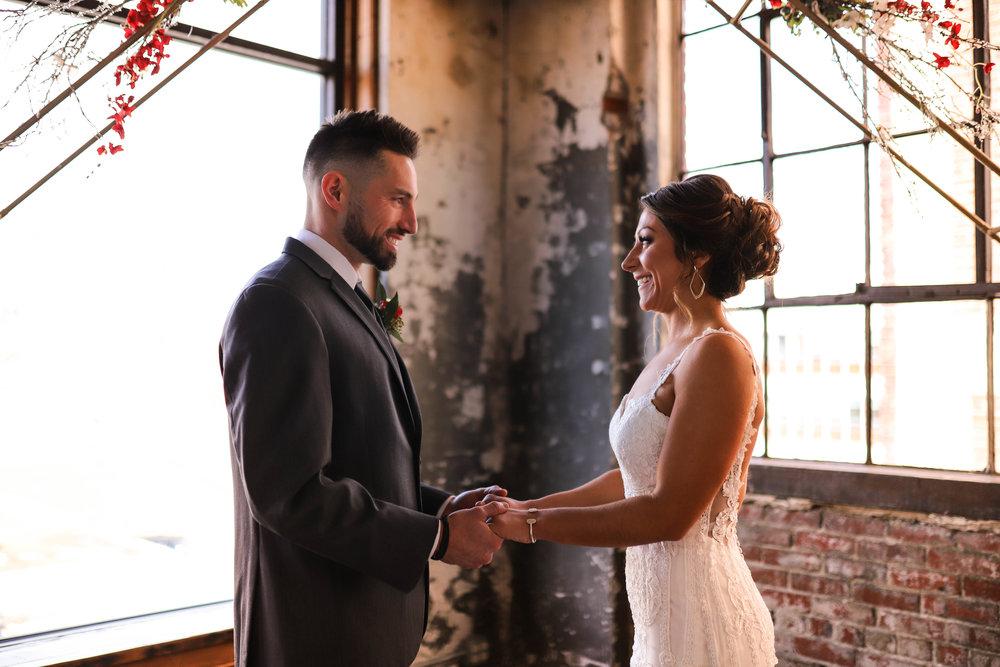 Wedding Sneak Peeks (2 of 5).jpg