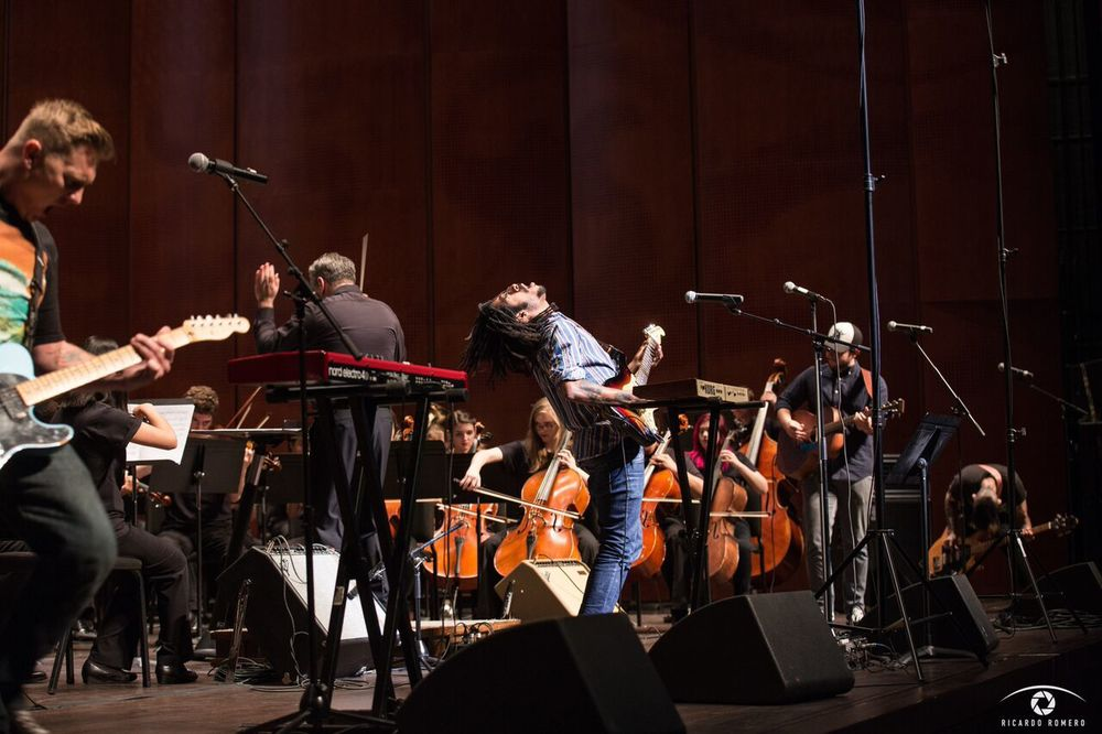 Lonely Horse at The Tobin Center performing Paranoid Android with YOSA. photo by Ricardo Romero.