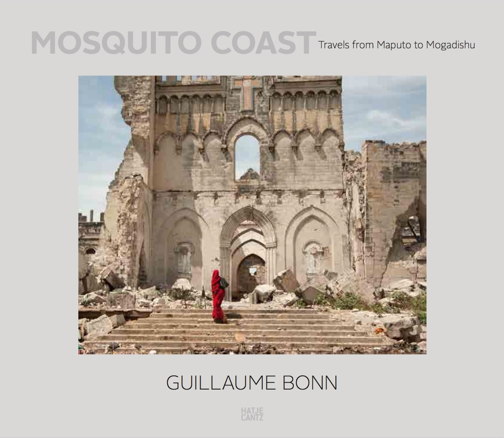 Mosquito Coast. Travels from Maputo to Mogadishu  Texts by Jon Lee Anderson, graphic design by Julia Wagner  English  2015. ca. 112 pp., ca. 85 stills.  30.00 x 26.00 cm hardcover  ISBN 978-3-7757-3968-9