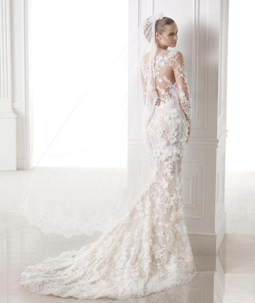 Pronovias Atelier Jinwang Bride