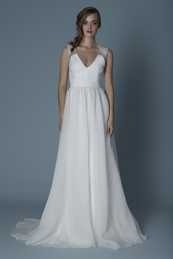 THE ARCHWAY $6,625 70% OFF,  NOW $1,987.50  SIZE 10