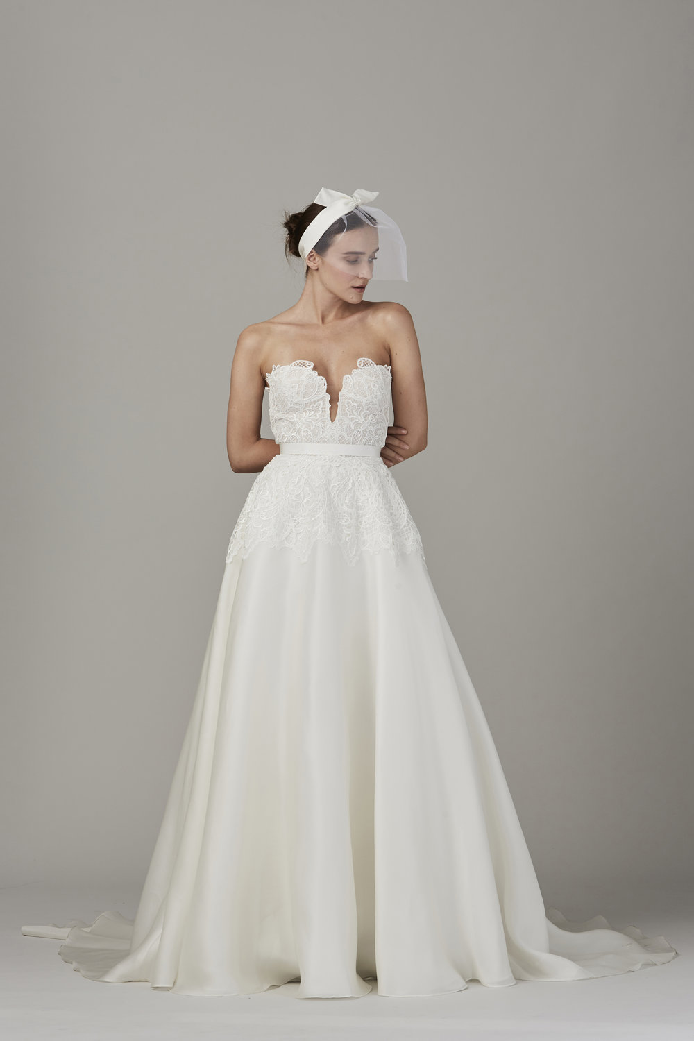 THE PENINSULA $5,695 60% OFF,  NOW $2,278  SIZE 8