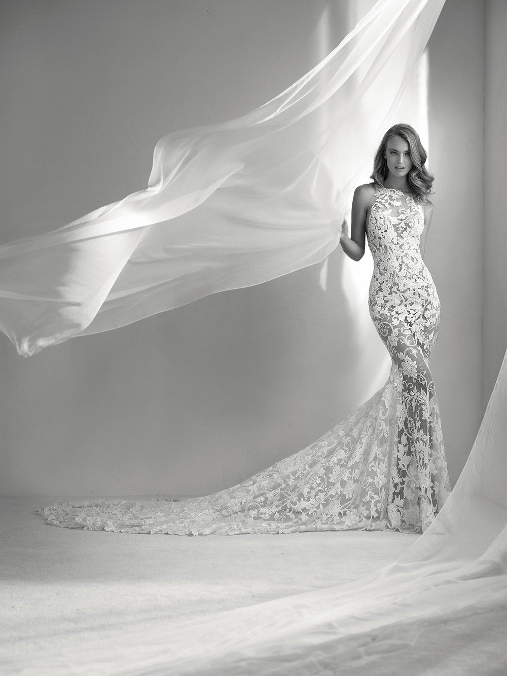RUBI $4,590 50% OFF,  NOW $2,295  SIZE 10