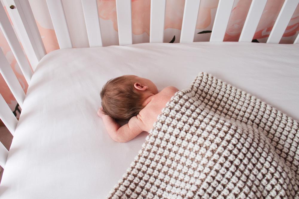ella_newborn-143.jpg