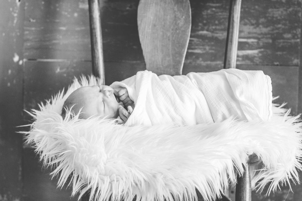 Preston-newborn-17.jpg