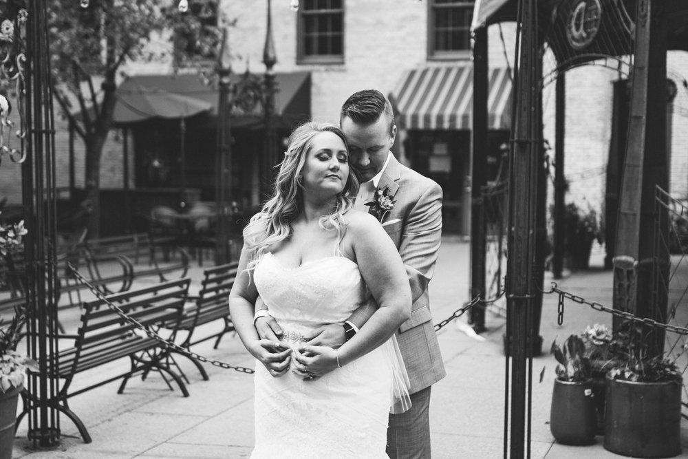 Amanda&Nick-wed-200.jpg