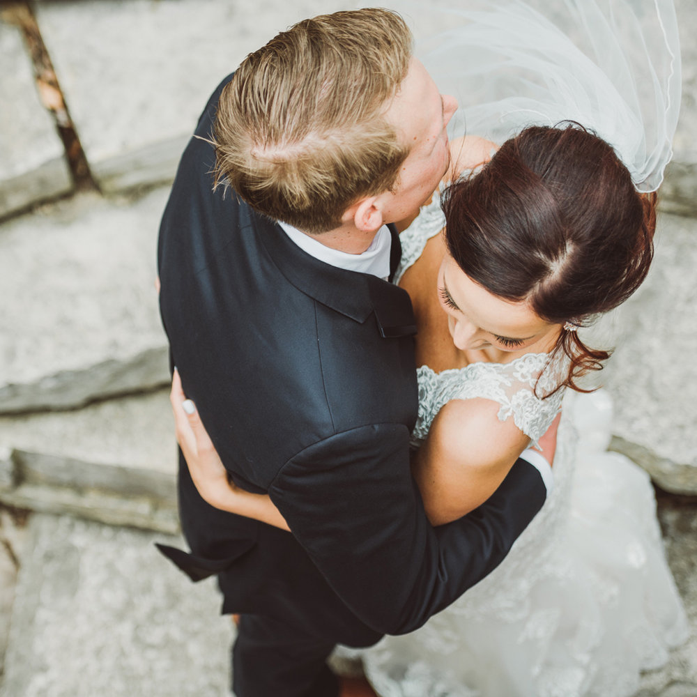 HALEY & JARED: PINSTRIPES WEDDING
