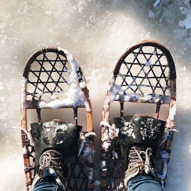 When something you didn't even know was on your bucket list goes and checks itself off. ✔️ Turns out snowshoeing is really fun, who knew? ⠀⠀⠀⠀⠀⠀⠀⠀⠀ We ventured to Mike's hometown in northern Wisconsin for the weekend for his family's annual ice fishing gathering on his grandma's lake. Ella had so much fun out on the ice and lasted much longer than I had hoped! Carrying a 50lb kid with winter gear on snowshoes though? Not quite as fun and I'm feeling it today! 💪🏻