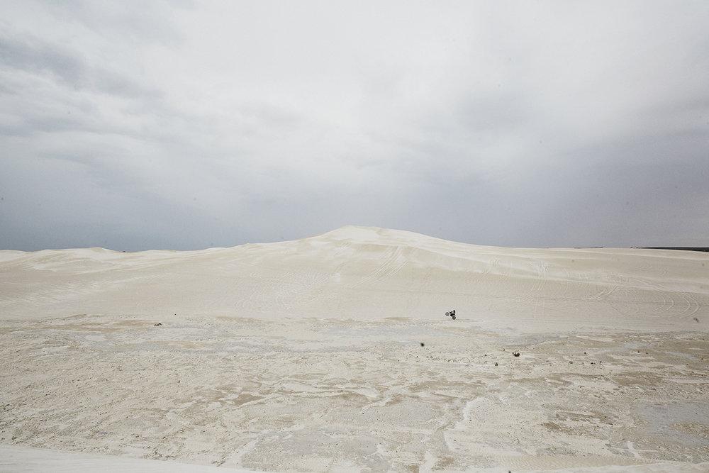 Sand dunes outside of Perth, WA, Australia / December 03 2017.