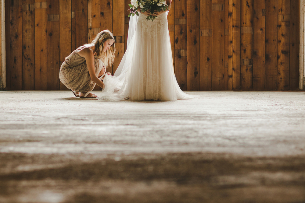 103-110-pemberton-barn-wedding.jpg
