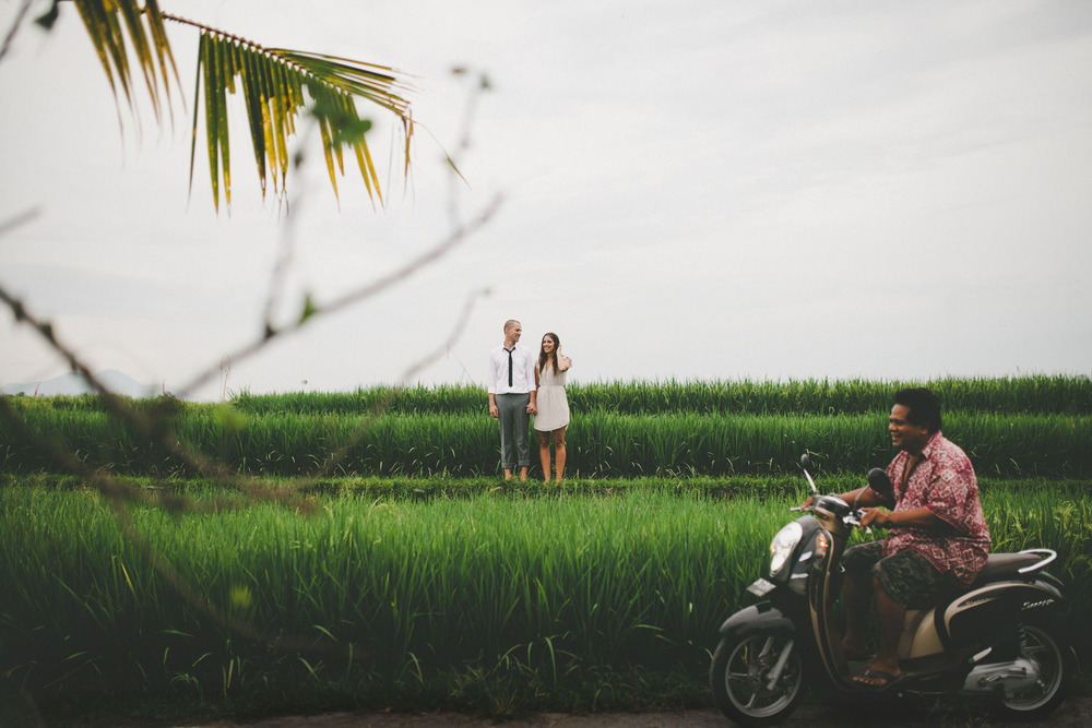 126-247-bali-destination-engagement-photography.jpg