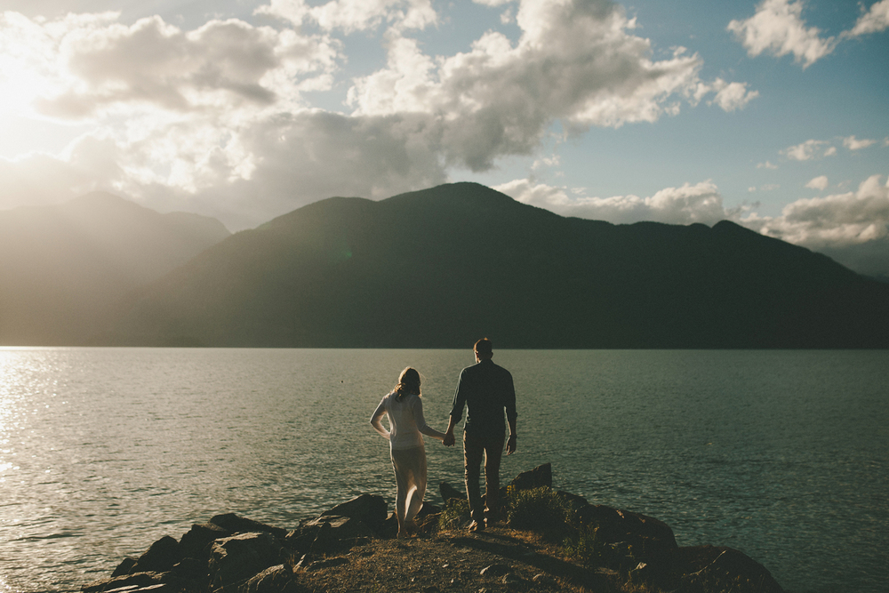 130-246-howe-sound-engagement-photography.jpg