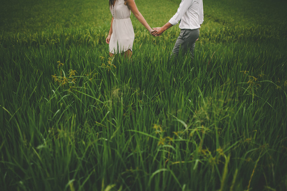 161-215-bali-destination-engagement-photography.jpg
