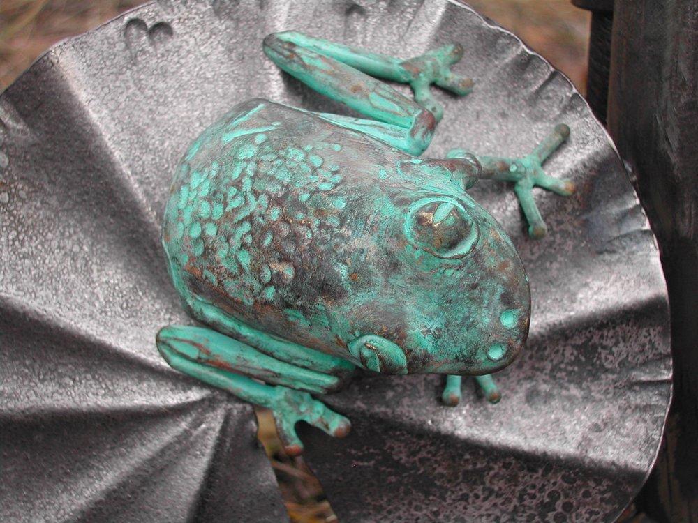 Frog on Gate detail.jpg