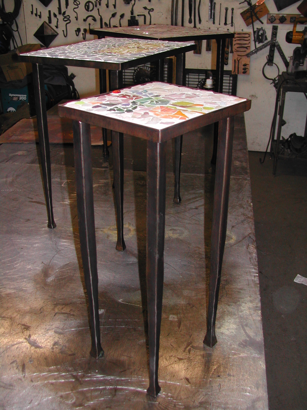 Chandler End table small.JPG