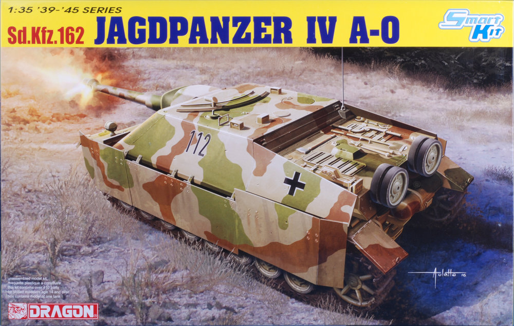 This is the prototype version of the Jagdpanzer IV. Combines Dragon's current Panzer IV series parts with new parts for the upper hull. Two different vehicle configurations can be modeled.