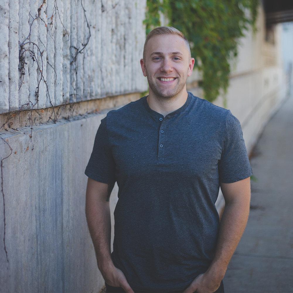 Brent Thomas - Worship Director CONTACT BRENT