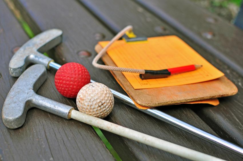 Adult Night Mini Golf! livinghopechurchnh.com