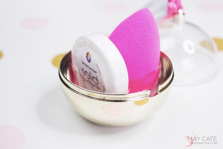 Beautyblender-midas-touch-kerst-cadeau-blender-cleanser-tip-kerstbal-.jpg