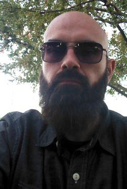 Mark Vieira also manages a sweet beard