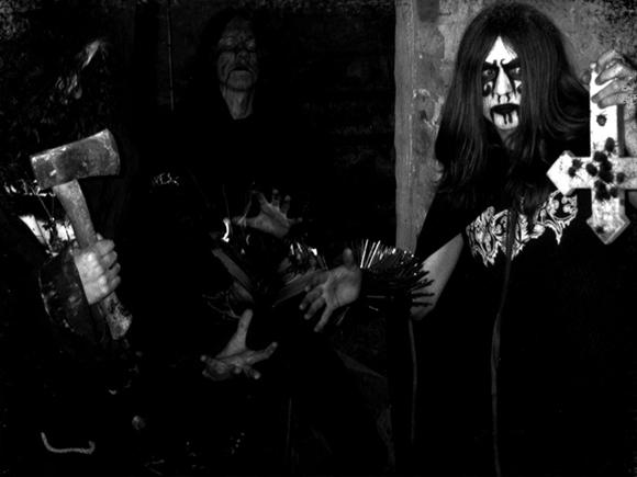 emperor2_blackmetal_decibel_2014