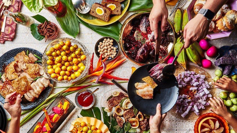 A MERRY AND BRIGHT FILIPINO-AMERICAN CHRISTMAS, WITH CHEF ANGELA DIMAYUGA      (BON APPÉTIT)     Chef Angela Dimayuga's family-filled, flavor-packed, all-hand-on-deck holiday feast is one for the books.
